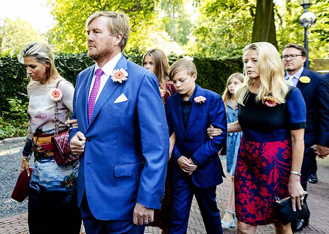 Queen Maxima joined the procession as the princess coffin was taken to the Coach House on the grounds of Noordeinde Palace Photo C GETTY IMAGES