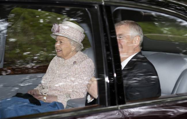 The Queen pictured with Princess Beatrice and Prince Andrew in Balmoral during their visit with Sarah Ferguson