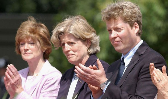 Dianas siblings Lady Sarah McCorquodale L and Lady Jane Fellows and Earl Spencer Image GETTY