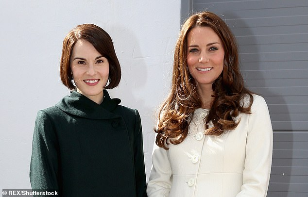 Downton Abbeys Michelle Dockery recalls how wonderful Kate Middleton met everyone from the drivers to the caterers during a visit to the TV shows set