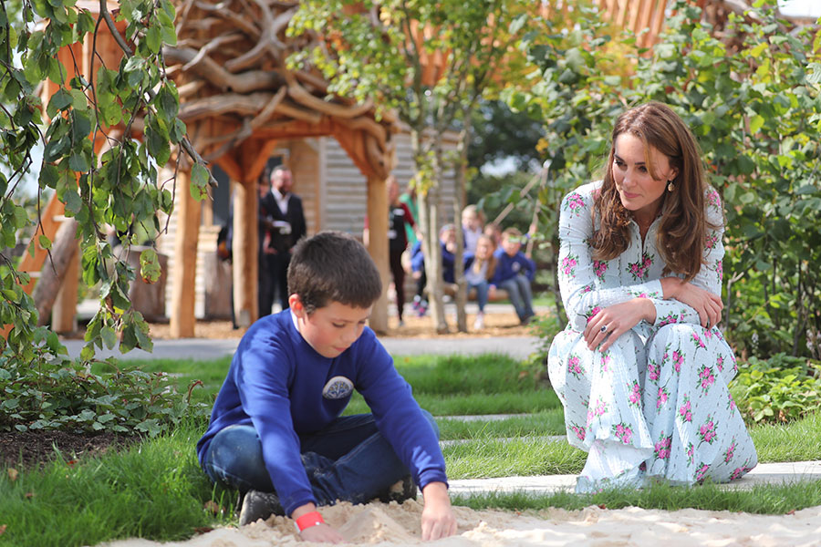 Kate Middleton and Mary Berry share a sweet joke at Back to Nature garden in Woking best photos Photo C GETTY IMAGES