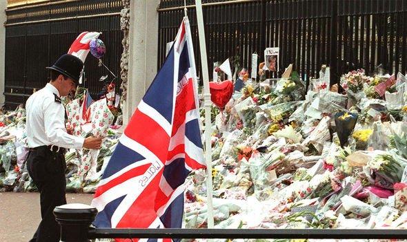 Tributes to Princess Diana outside Buckingham Palace Image GETTY