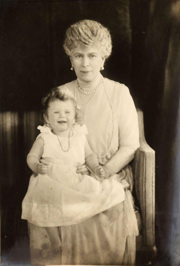 Princess Elizabeth and Queen Alexandra in Image BNPS