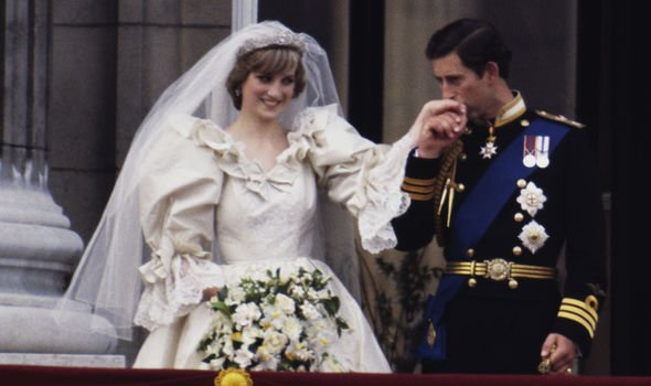 Royal wedding Princess Diana and Prince Charles on the Buckingham Palace balcony