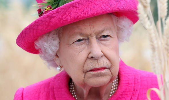 The Queen could end up making her symptoms worse if she ignores the advise of doctors Image GETTY