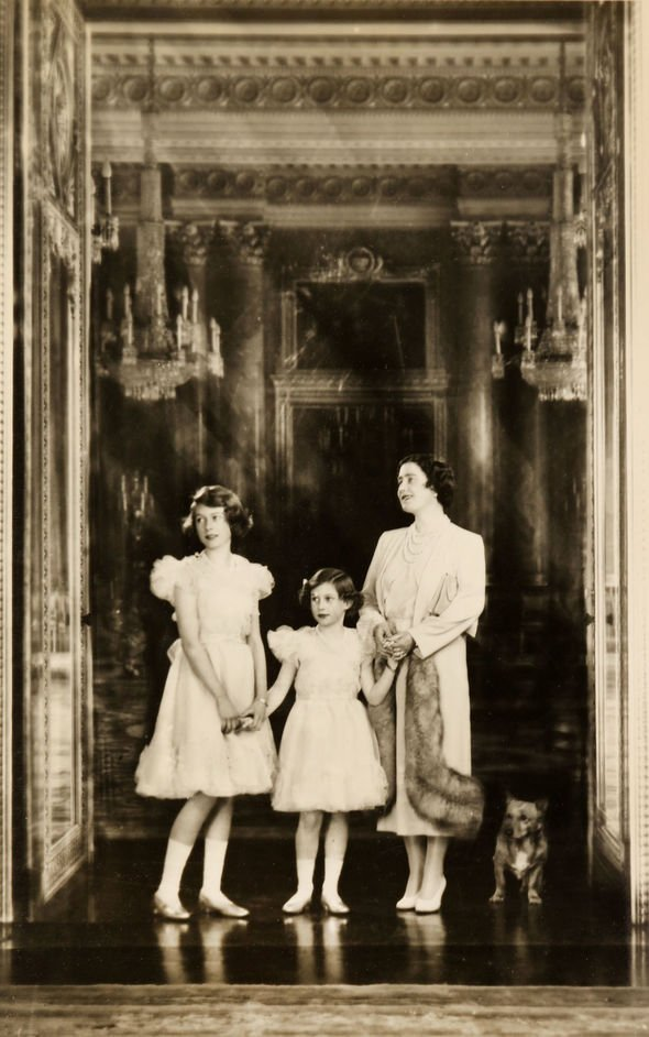 The Royal family at Buckingham Palace on the eve of WW Image BNPS