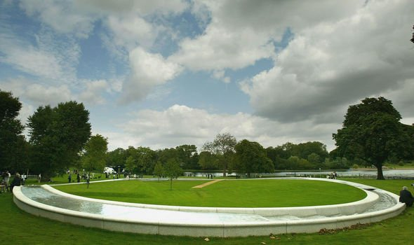 Hyde Parks Memorial Fountain