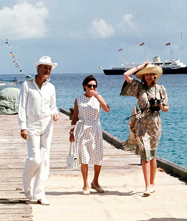 Princess Margaret with Lord and Lady Glenconner in Mustique in Photo C GETTY IMAGES