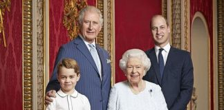 The Queen poses with Prince Charles Prince William and Prince George for a New Year snap Image GETTY
