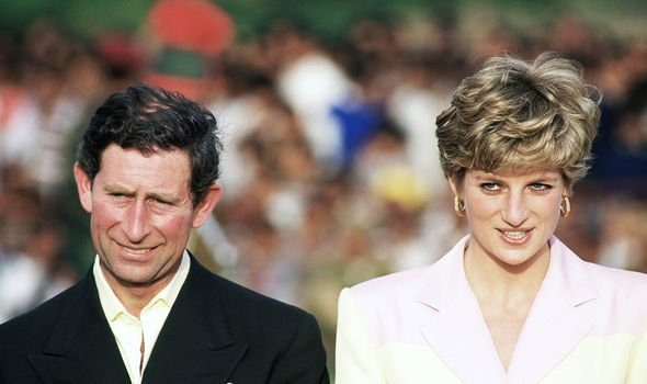 Diana and Charles went on a tour of India in February 1992