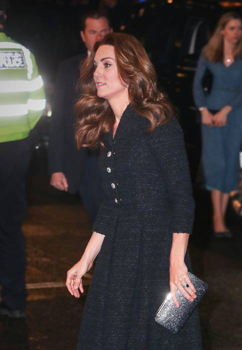 kate middleton arriving at theatre