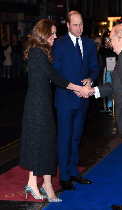 prince william kate middleton talking to crowds at theatre