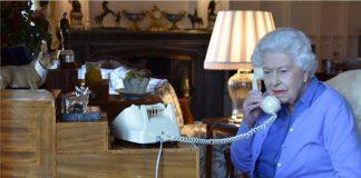 Queen Elizabeth and Boris Johnson Photo C GETTY IMAGES