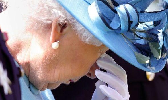 royal family news queen elizabeth ii surname