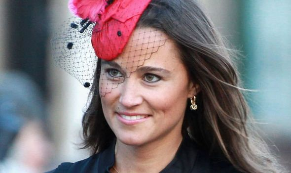 Pippa Middleton row: How Kate's sister sparked fiery debate with 'royal snub'