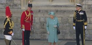 queen birthday official trooping the colour guards
