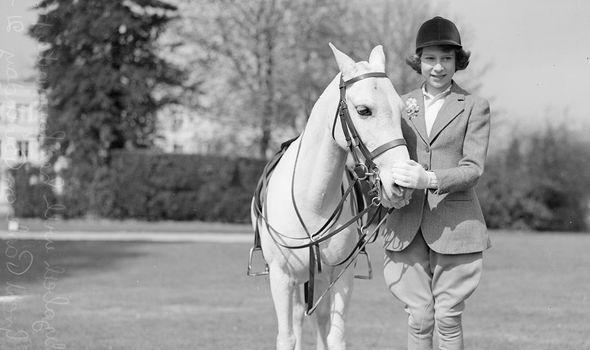 queen elizabeth ii pony