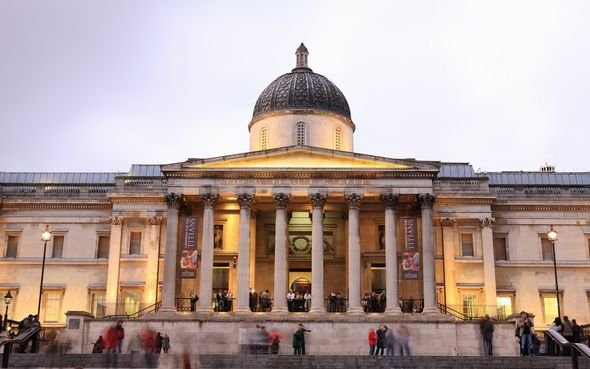 Front of the National Gallery