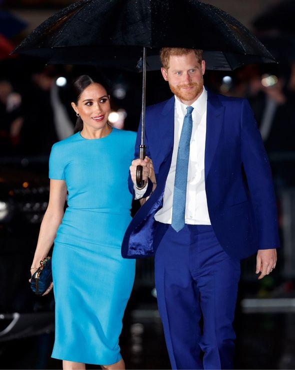 meghan markle blue victoria beckham dress
