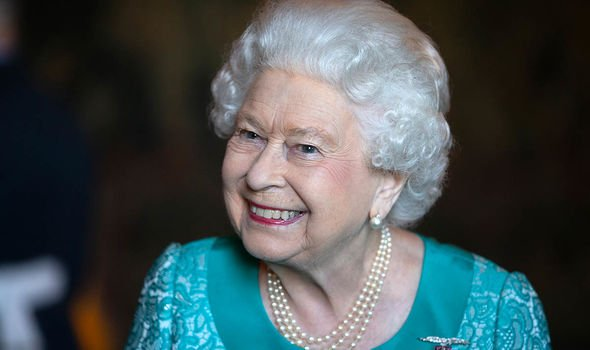 queen news captain tom moore knighthood NHS fundraising royal family news queen elizabeth