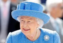 Queen heartbreak: Monarch's last words to Prince Harry before he stepped back