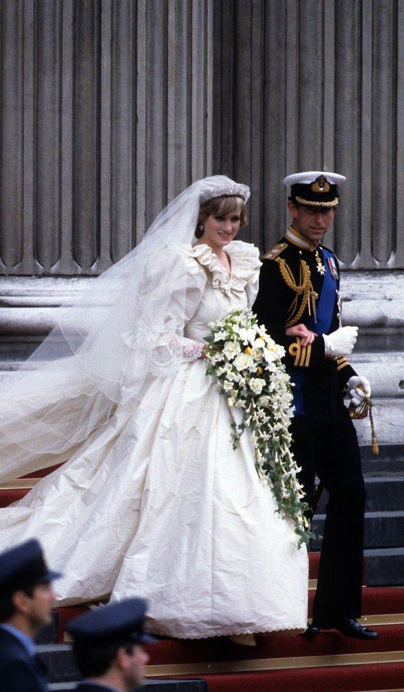 princess diana charles wedding photo