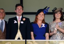princess-eugenie-sarah-andrew-react