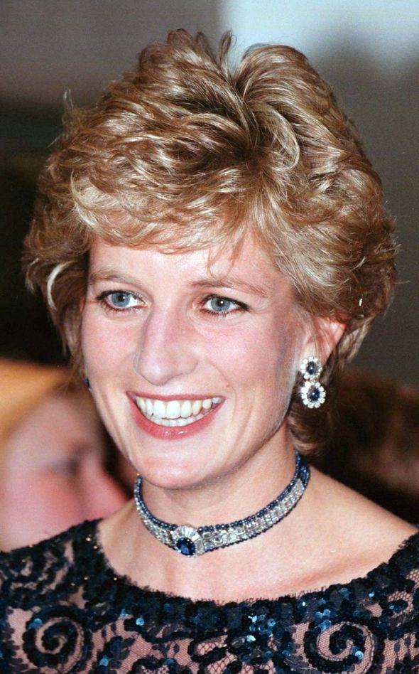 Princess Diana wearing the jewellery
