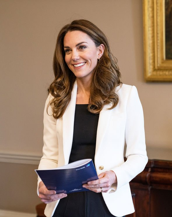 Kate Middleton: Style outfit Duchess of Cambridge
