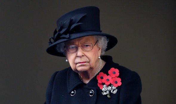 queen elizabeth ii cenotaph