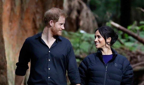 queen news queen elizabeth ii meghan markle prince harry royal news