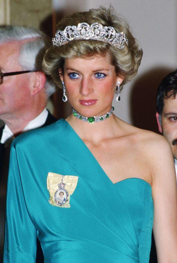 princess diana news choker spencer tiara royal jewels