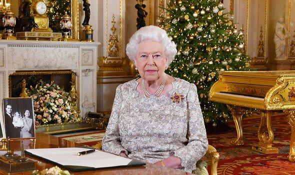 queen elizabeth ii christmas