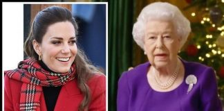 queen speech queen elizabeth ii christmas speech 2020 kate Middleton hold still