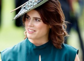 princess eugenie royal wedding dress scoliosis