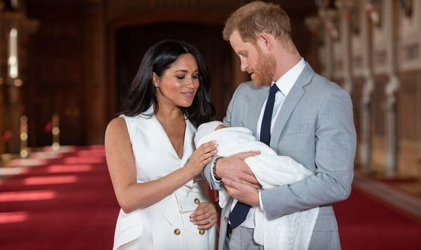 prince harry meghan markle official archie birth image