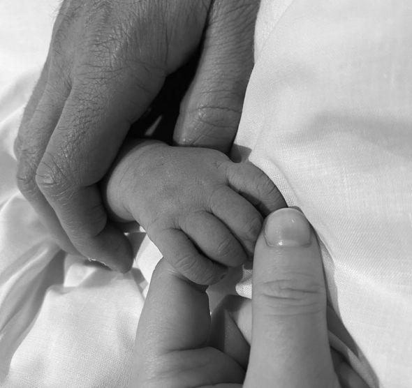 Princess Eugenie baby: Baby hands