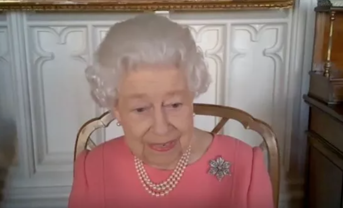 queen news - the queen in a video call