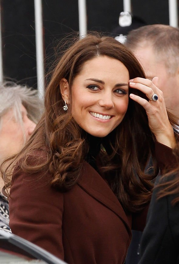 Kate Middleton: Prince William engagement ring