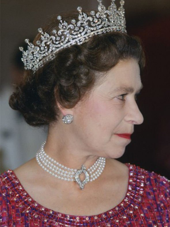 Kate Middleton: Queen Elizabeth II necklace