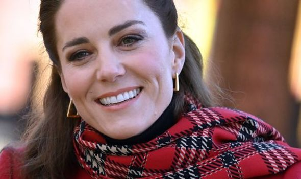 Peacemaker Kate Middleton 'hopeful of a reconciliation' between Prince Harry and William