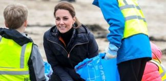 Kate Middleton clears up beach with volunteers