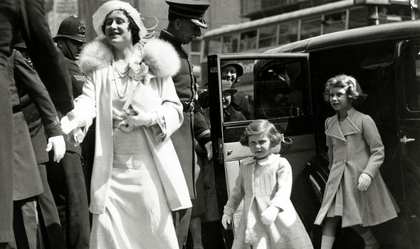 The Queen and Princess Margaret following the Queen Mother(Image: GETTY)