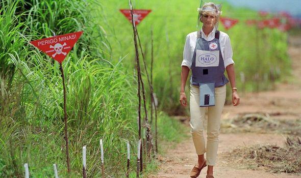 Diana: Charity work against landmines in Angola