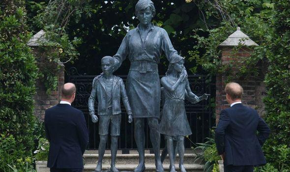 Princes: William and Harry unveil Diana statue