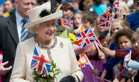 'Resolute' Queen Elizabeth Jubilee statue to bring 'celebration' after the pandemic