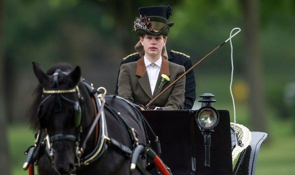 Picture of Lady Louise driving a carriage
