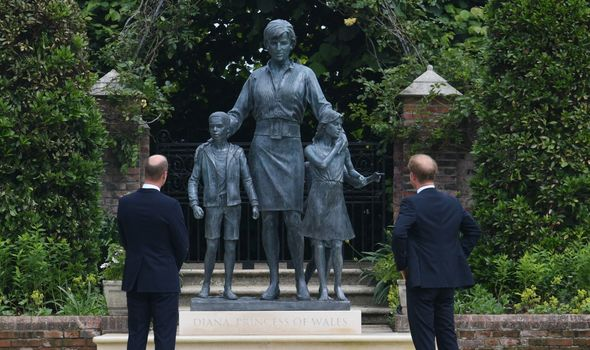 Prince William and Prince Harry Diana statue