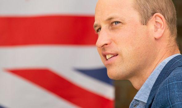 Prince William seduces online fans