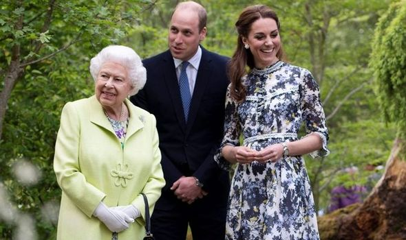 Queen's cheeky joke about Prince William looking 'tidy' at Chelsea Flower ShowQueen's cheeky joke about Prince William looking 'tidy' at Chelsea Flower Show